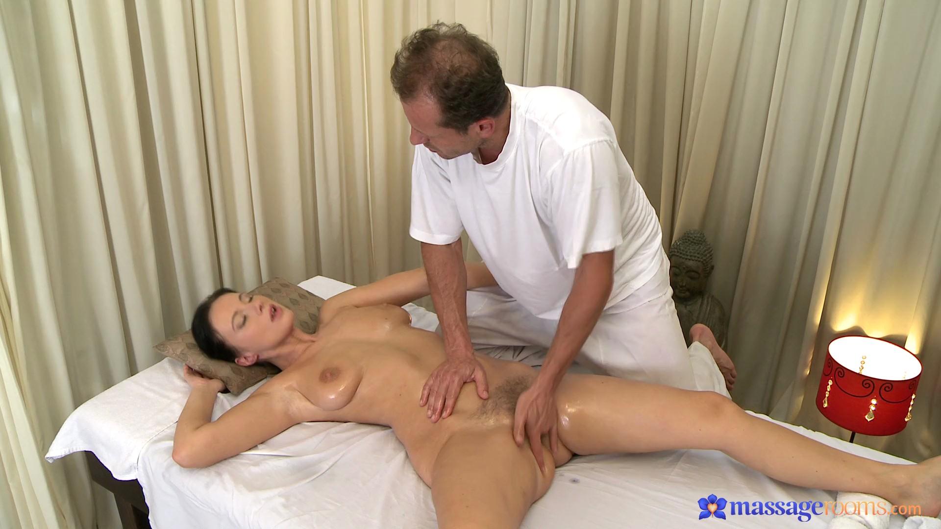 porno-udachniy-massazh